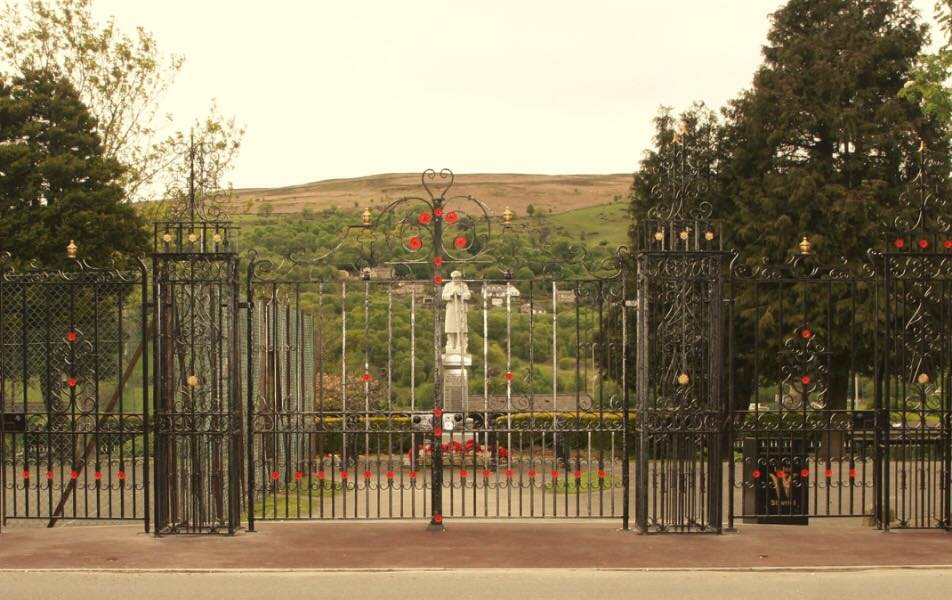 War Memorial Gates Renovation and Celebration - 2015
